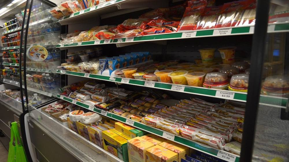 """""""Crazy Simple"""" Tips To Build Your Emergency Food Supply"""