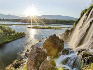 Feature | Snake river waterfalls | Best Campgrounds In Idaho