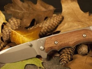 hunting knife 2 feature pb
