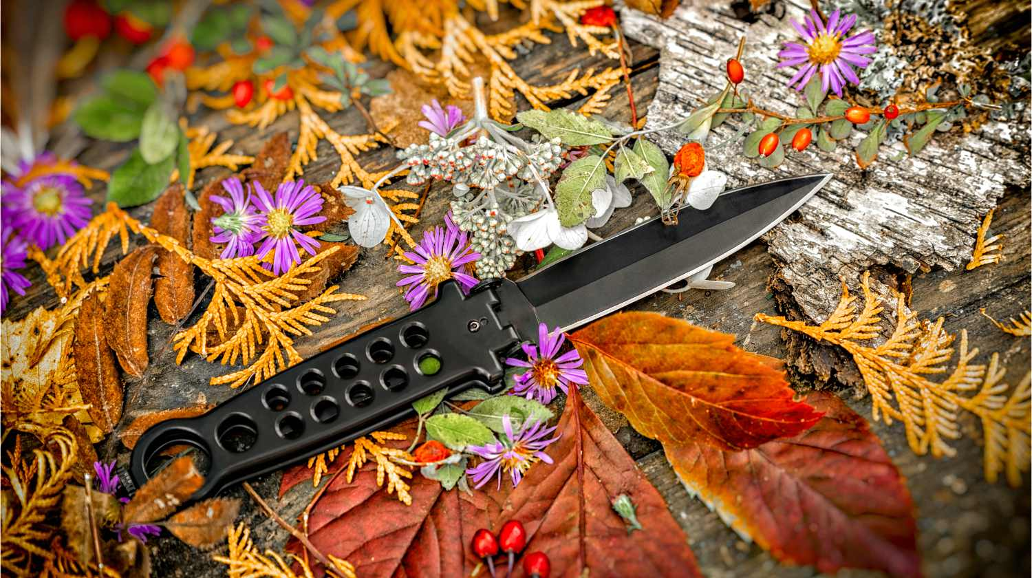 Black butterfly knives | Everything You'll Ever Need To Know About Butterfly Knives | Featured