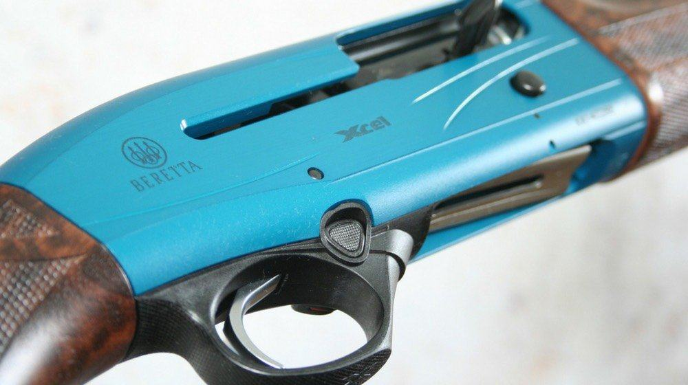 Feature | Beretta Blue Gun | Beretta A400 Xcel | Gun Carrier Shotgun Reviews | beretta a400 xcel sporting clays
