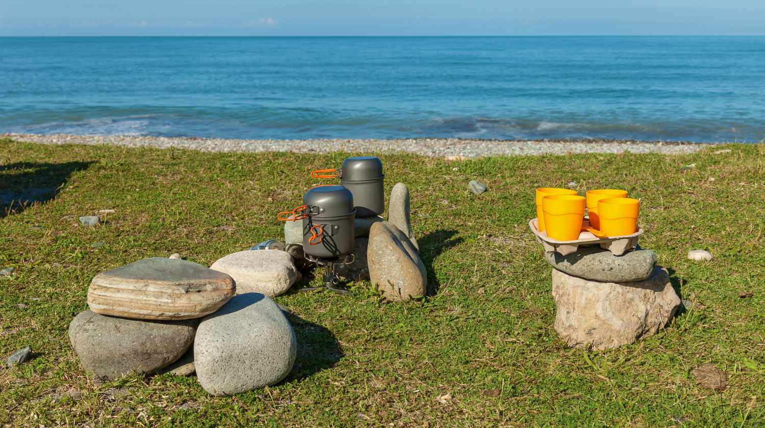 Camping utensils for making coffee and food on a trip | Smart Beach Camping Tips And Tricks | Featured