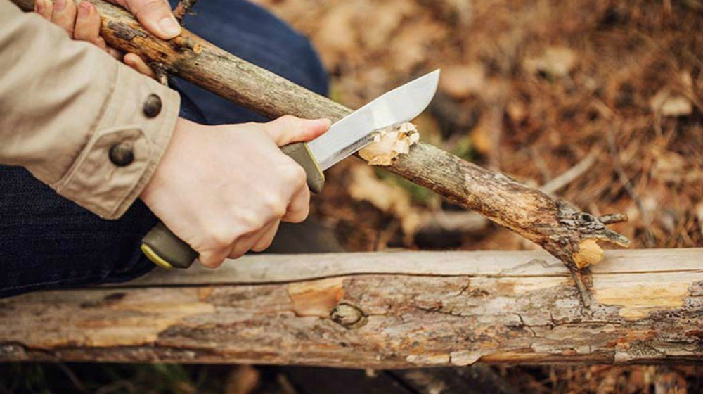 Feature   25 Obscure Bushcraft Skills for Survival
