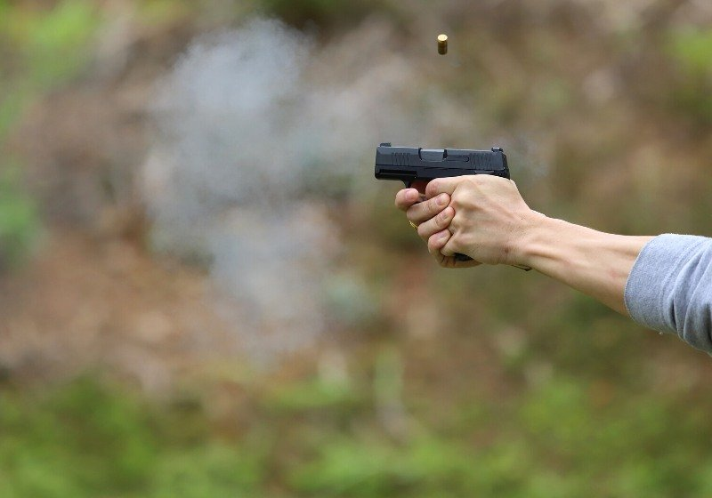 shell bullet dropped out gun while | 9mm vs.380 acp