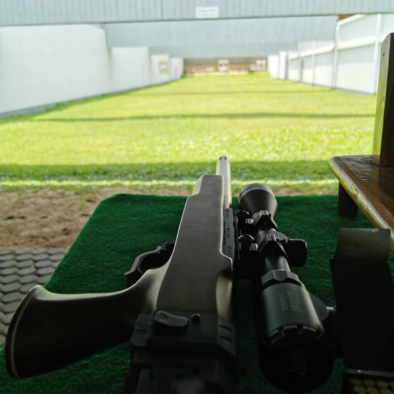 shooting range with ruger1022 at thailand real guns for kids