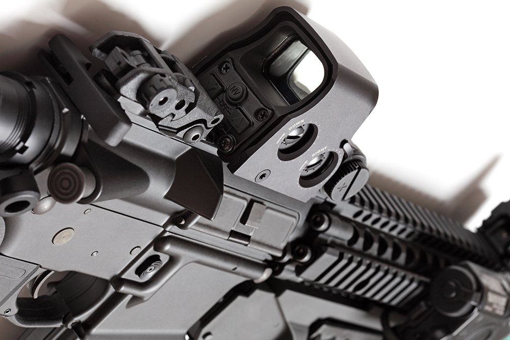 5 Top AR Red Dot Sights For AR-15 Builds