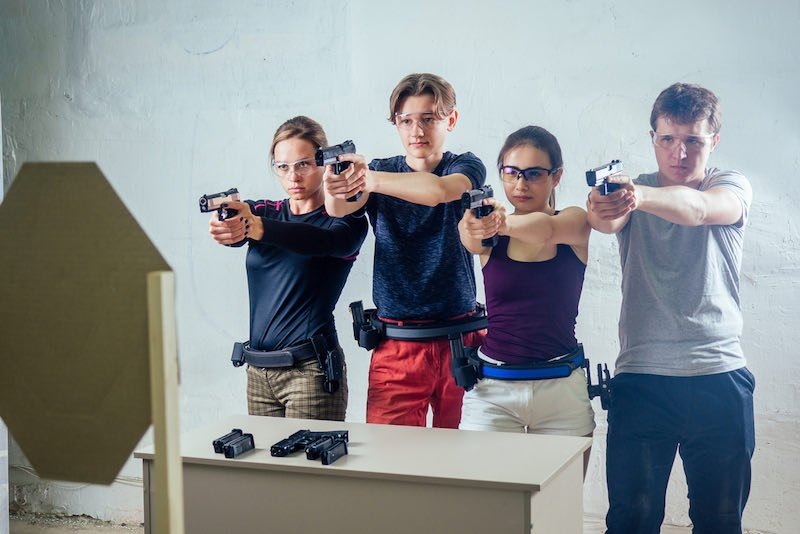 Large group of students with two instructors   best budget guns 2018